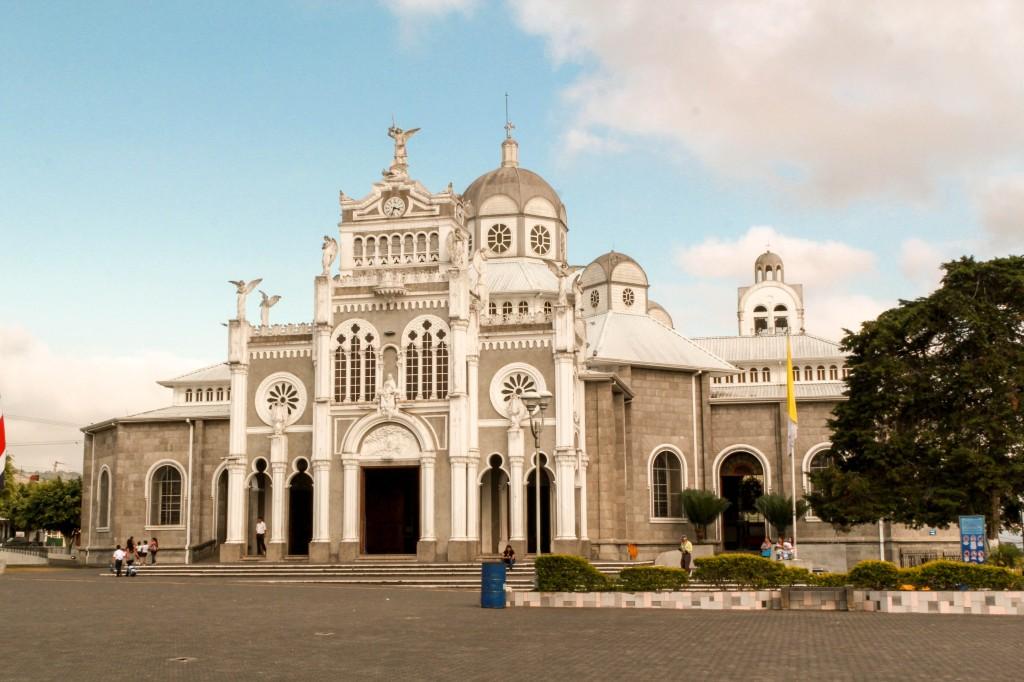 The Basílica de Nuestra Señora de los Ángeles in Cartago, Costa Rica.